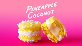PINEAPPLE COCONUT MACARONS_l.jpg
