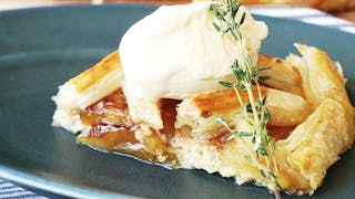 easy-pineapple-pie_landscapeThumbnail_en-US.png