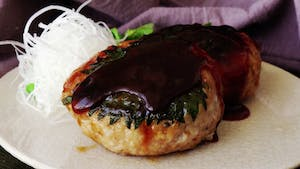 japanese-chicken-burgers-with-whole-egg_landscapeThumbnail_en-US.png