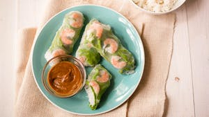SHRIMP SPRING ROLLS WITH SPICY PEANUT DIPPING SAUCE HIGH RES IMAGE 1920X1080