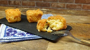 deep-fried-mac-and-cheese_landscapeThumbnail_en.jpeg