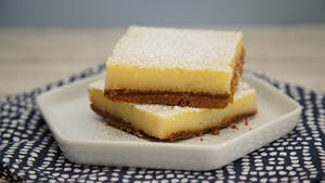 gingersnap-lemon-bars_landscapeThumbnail_en.jpeg