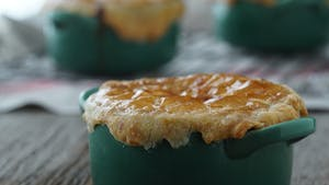 mini-turkey-pot-pies_landscapeThumbnail_en.png