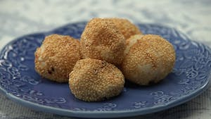 peanut-butter-and-jelly-buchi-balls_landscapeThumbnail_en.jpeg