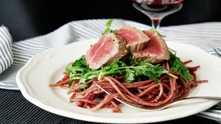 red-wine-spaghetti-with-steak_landscapeThumbnail_en.png