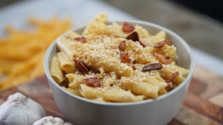 vegan-gf-mac-and-cheese_landscapeThumbnail_en-US.jpeg