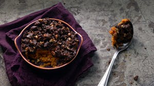sweet-potato-casserole-with-gingersnap-streusel_landscapeThumbnail_en.png