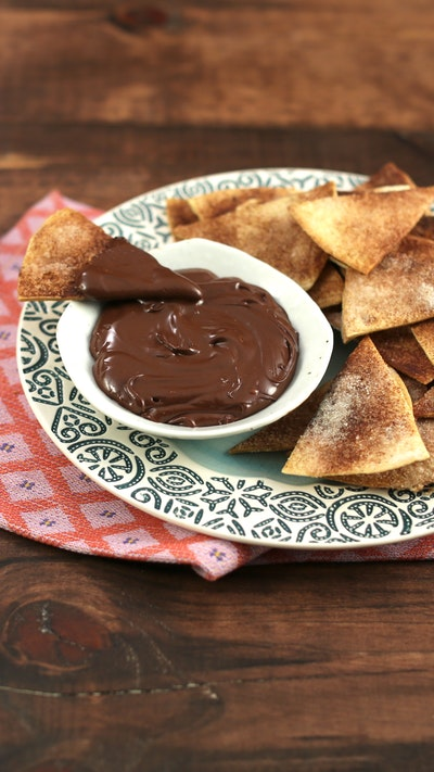 Hawaij-Spiced Nachos With Chocolate Dipping Sauce