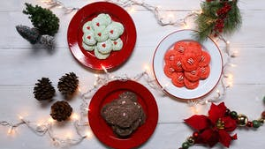 holiday-cake-mix-cookies-3-ways_landscapeThumbnail_en.png