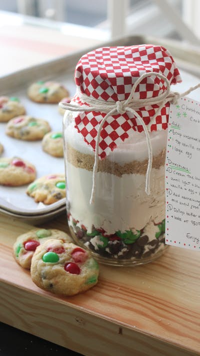 DIY Christmas Chip Cookie Mix