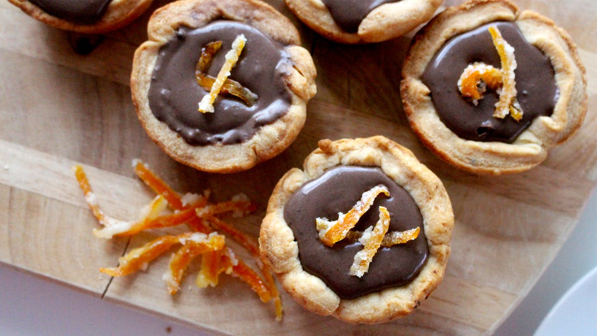 chocolate-orange-tarts_landscapeThumbnail_en.png