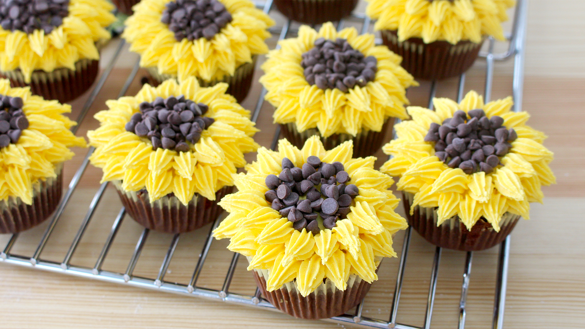 Sunflower cupcakes recipe tastemade dhlflorist Images