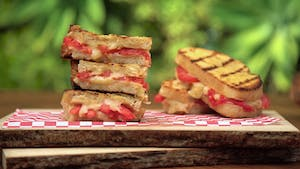 grilled-3-cheese-sandwich-with-grilled-tomato_landscapeThumbnail_en.png