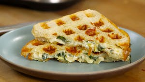 spinach-and-artichoke-grilled-cheese_landscapeThumbnail_en.png