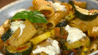 veggie-pasta-with-burrata-and-basil_landscapeThumbnail_en-US.png