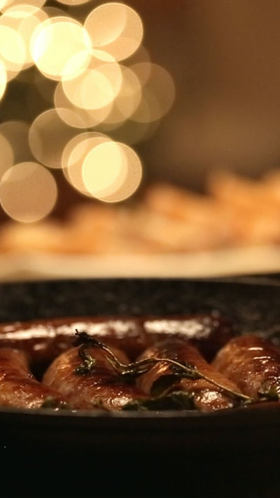 Sausages Simmered in Beer