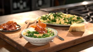 green-pasta-with-ricotta-and-prosciutto_landscapeThumbnail_en-US.png