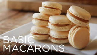 introduction-to-basic-macarons thumbnail-titled 16x9-en-US