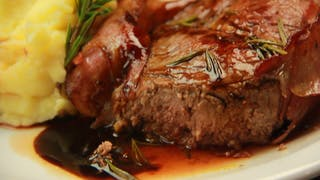 Ribeye-with-bacon-and-wine-sauce_landscapeThumbnail_en-US.png