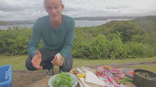 max-thumbnail-episode-king-prawn-frittata
