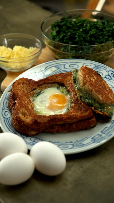 Egg in a Hole Spinach Grilled Cheese
