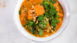 healthy-af_s3e118_sweet-potato-chickpea-and-spinach-coconut-curry_landscapeThumbnail_en.jpeg
